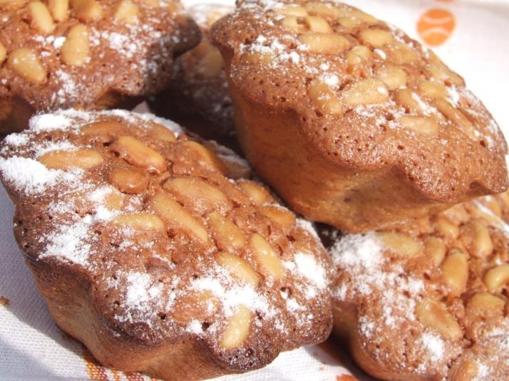 petits gâteaux aux pignons armagnac