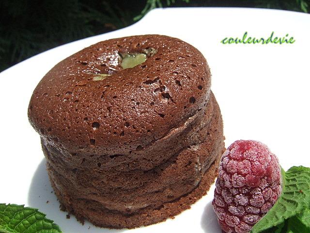 petit moelleux chocolat noir, coeur pistache chocolat blanc