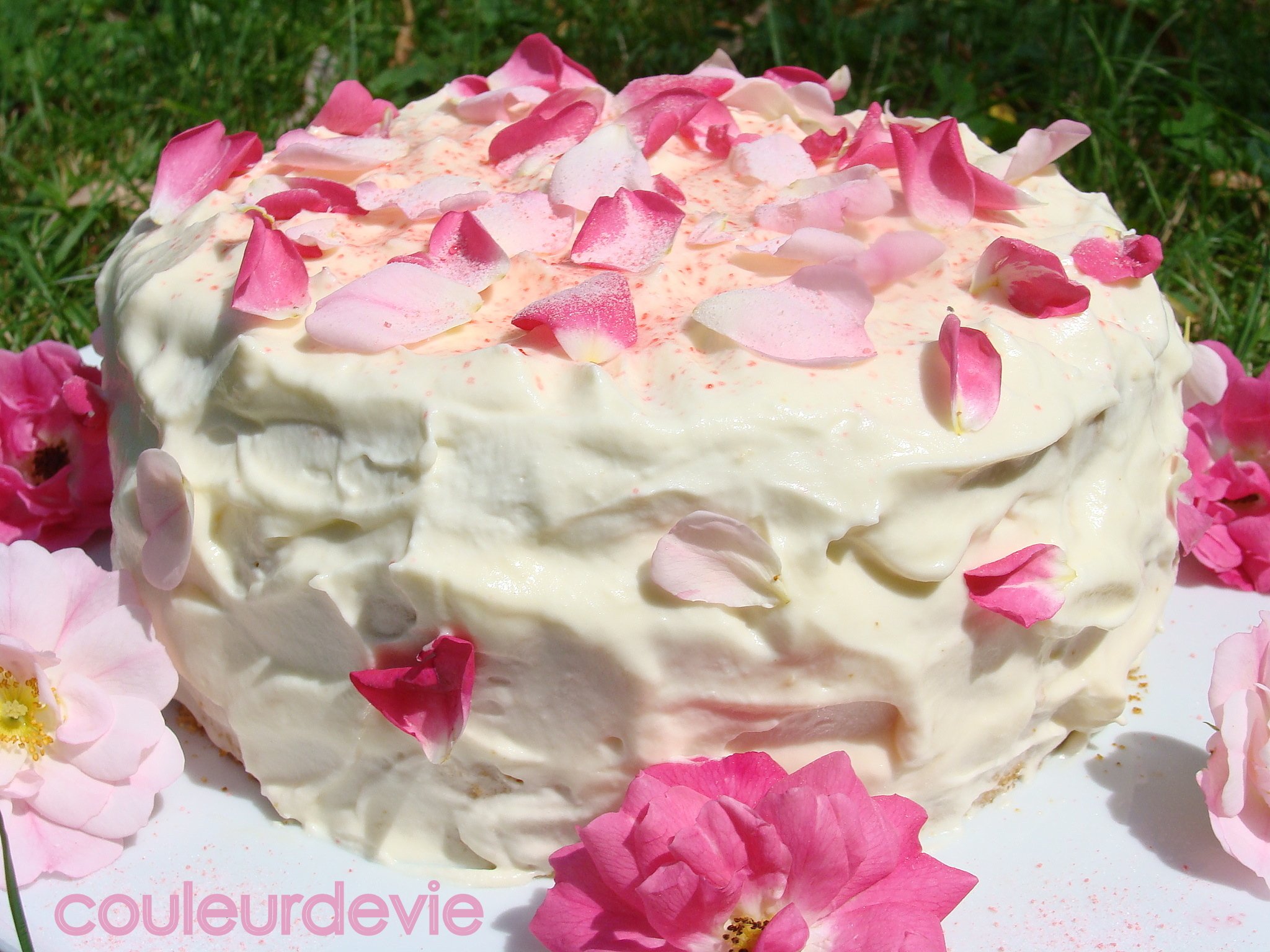 Gateau petales roses
