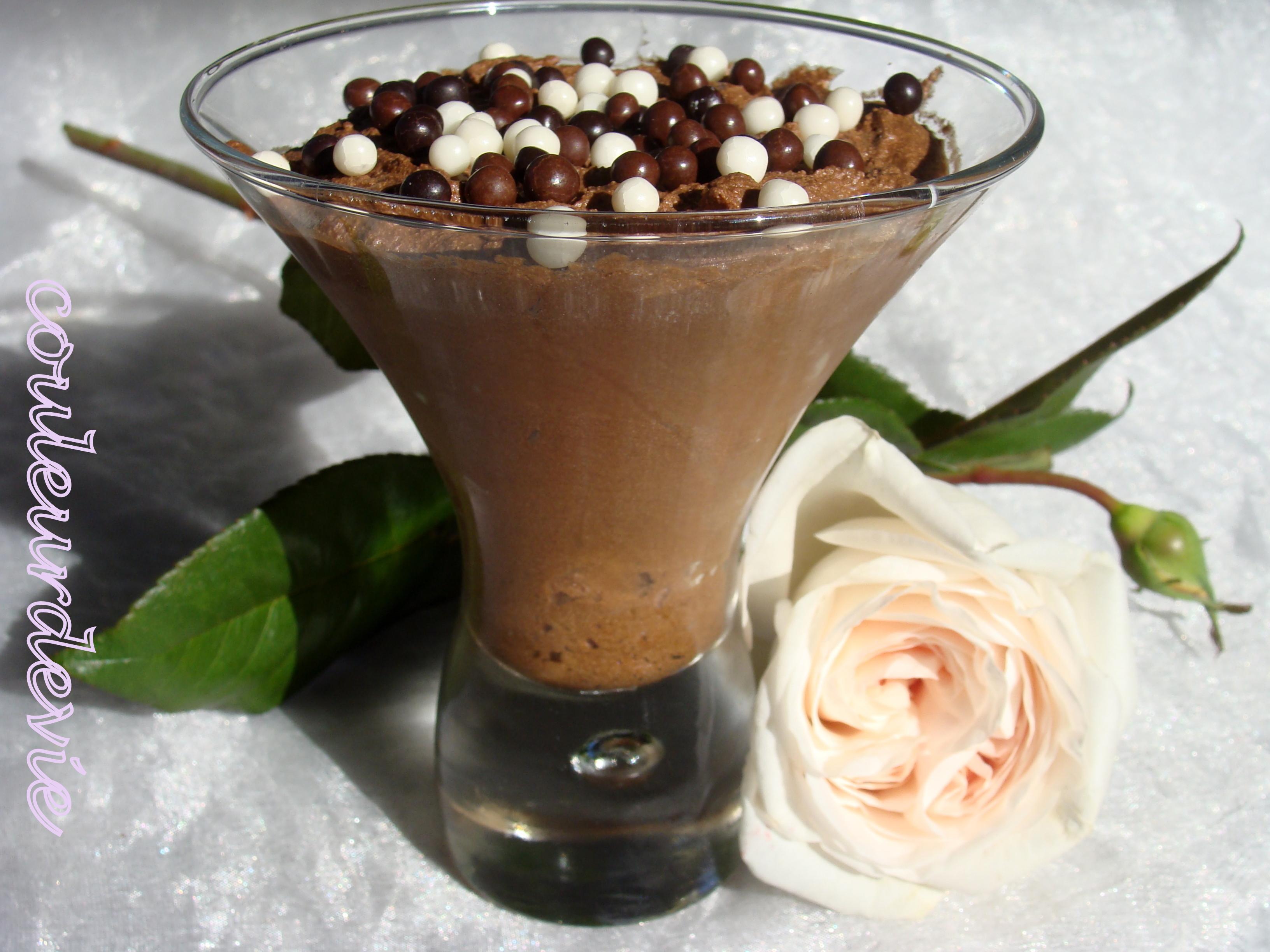 Mousse au chocolat de pierre herm couleurdevie for Mousse au chocolat pierre herme